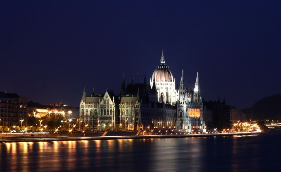 Night time on the Danube